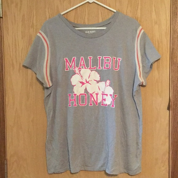 7f99d8e7 Old Navy Tops | Cute Sporty Plus Size Graphic Tee | Poshmark